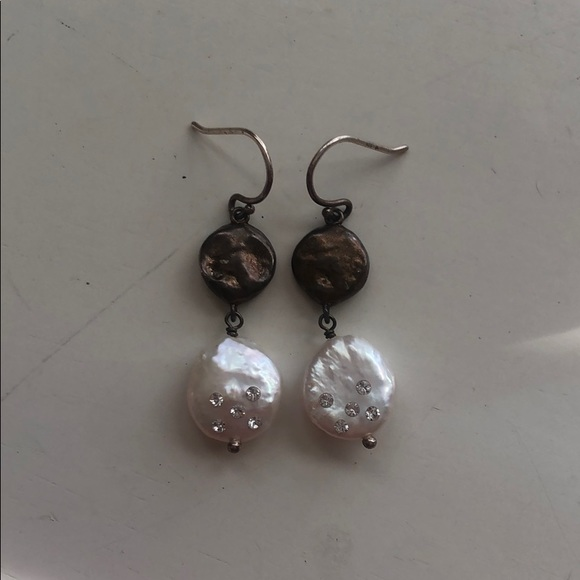 Silpada Jewelry - White and Gray Pearl Silpada Drop Earrings